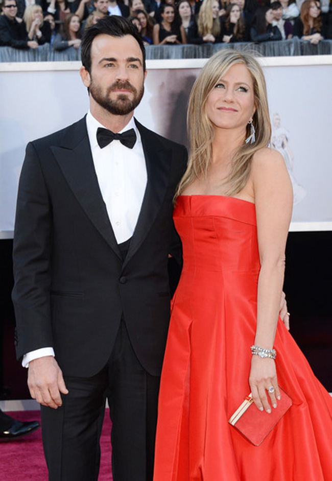19 Justin Theroux Jennifer Aniston