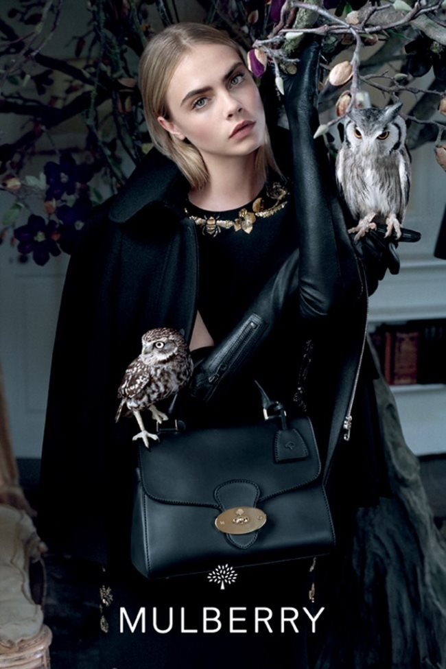 Cara_Delevingne_Mulberry_Fall_Winter_Campaign_04