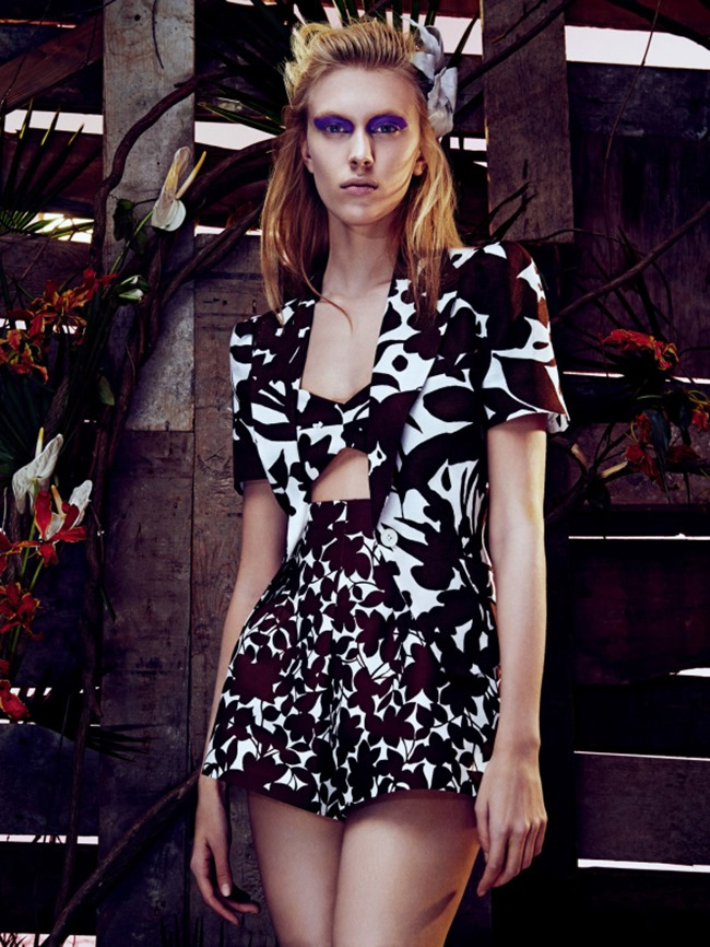 Vogue_Japan_march_2014_tropical_heat_7
