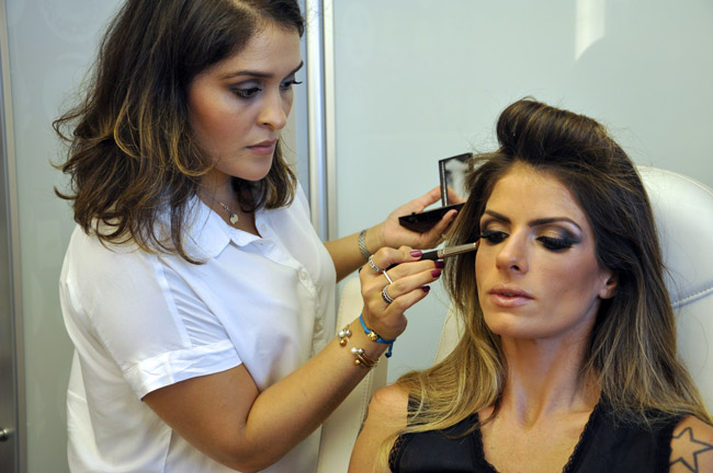 loreal_paris_2015_brasil_porta_voz_virtual_carolina_magalhaes_2